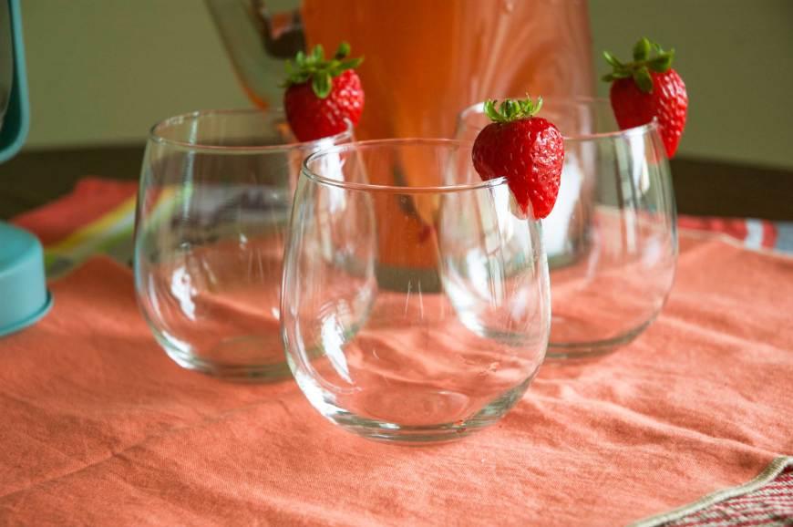 strawberryrhubarbmojito2