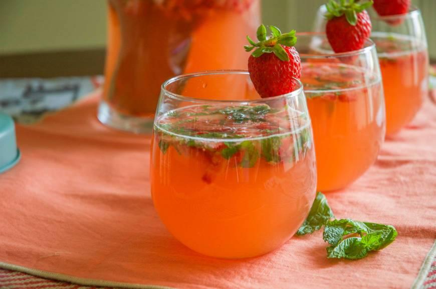 strawberryrhubarbmojito3