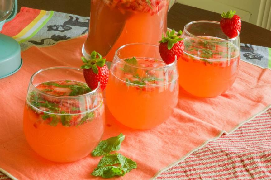 strawberryrhubarbmojito5