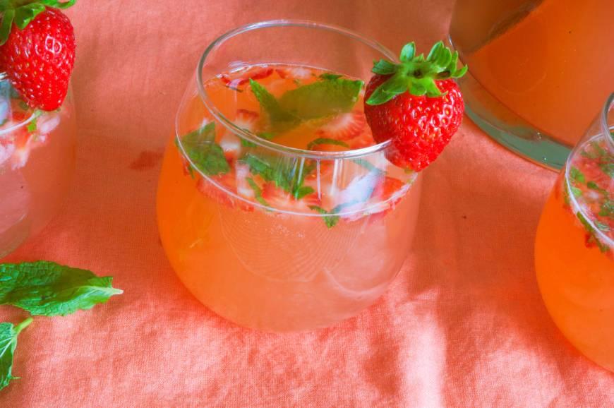 strawberryrhubarbmojito6