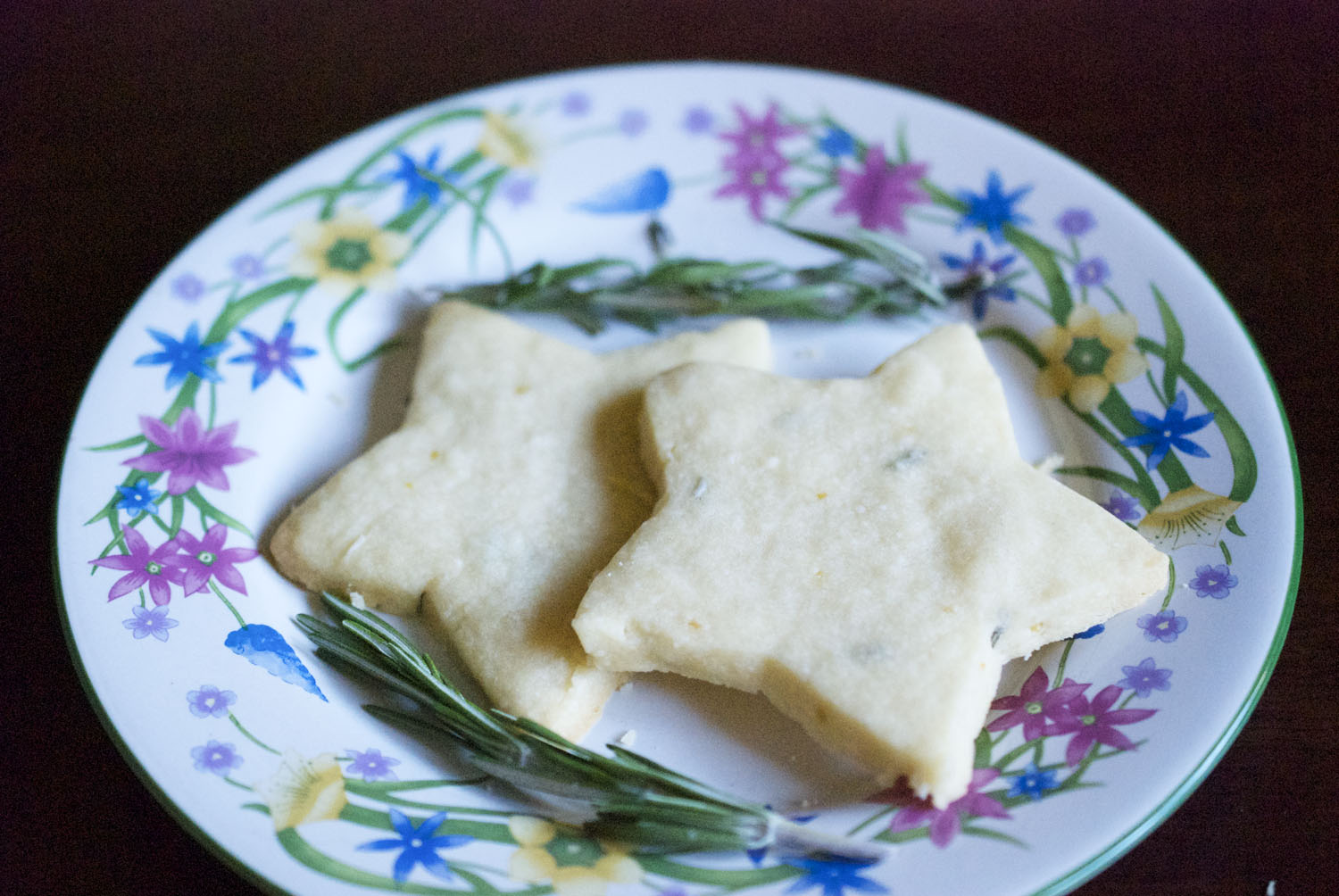 Rosemary Lemon Shortbread Cookies (Recipe from Two Peas and Their Pod ...